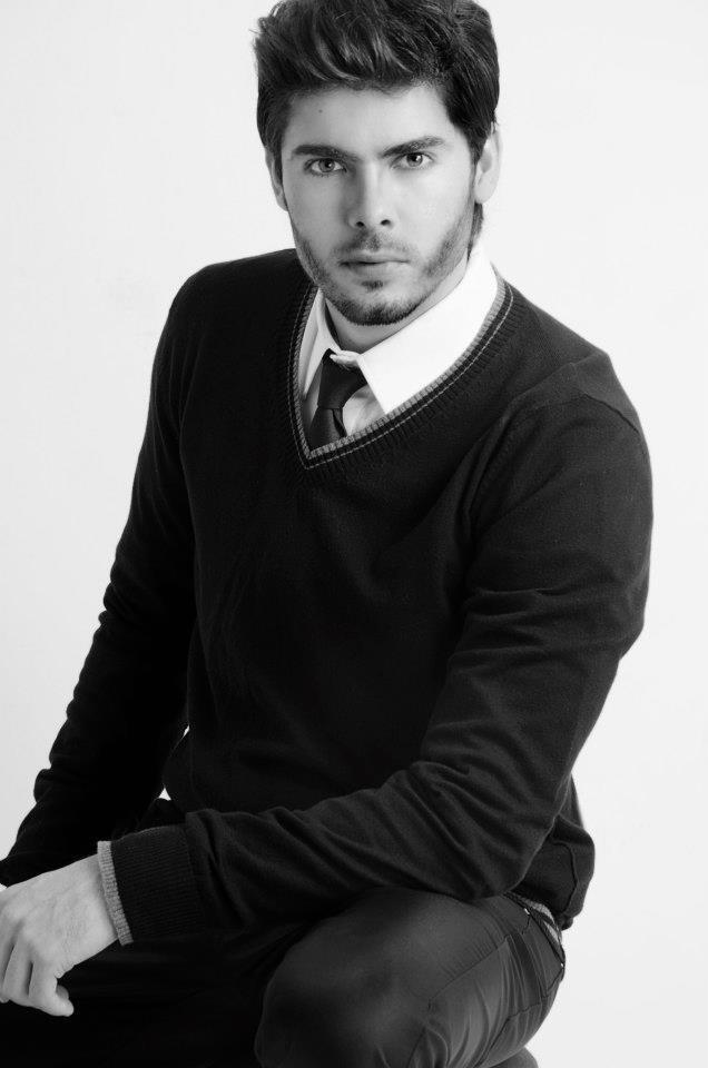 JOHAN ALVAREZ 5